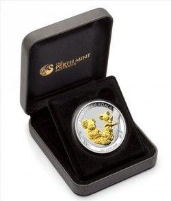 5766 # AUSTRALIA 1 Dollar 2011 Prata Proof Ø41mm coalas com detalhe dourado