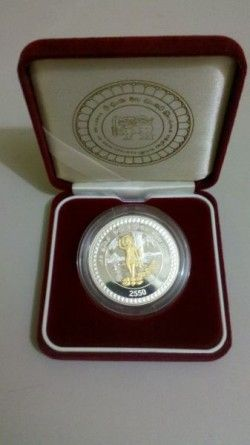 6372 ::RARISSIMA:: Sri Lanka 2000 Rupees 2006 Prata Proof 38,61mm Buddha Jayanthi c/ detalhe em OURO